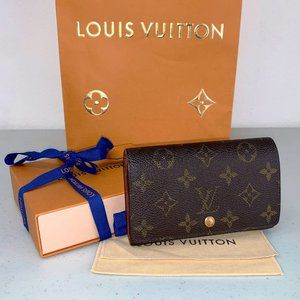 AUTHENTIC Louis Vuitton Sarah Porte Mono in Box!